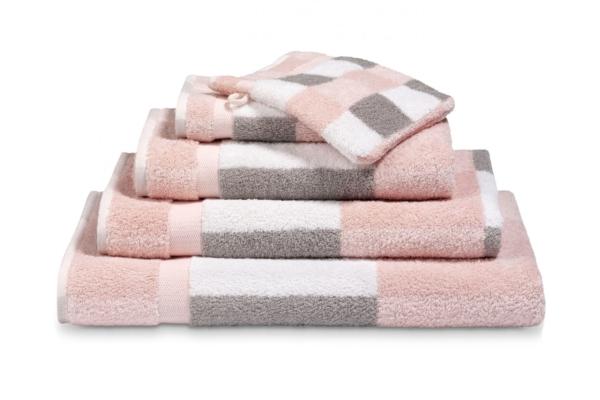 co020-light-pink-bi-01.41.1493670412[1]